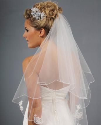classic lace veil