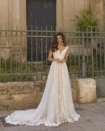 Madison bridal gown by Madi Lane