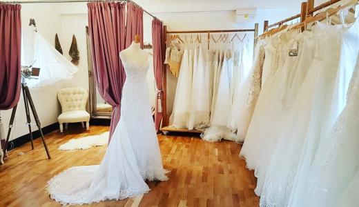 internal image, dollys bridal boutique, Bedfordshire bridal shop