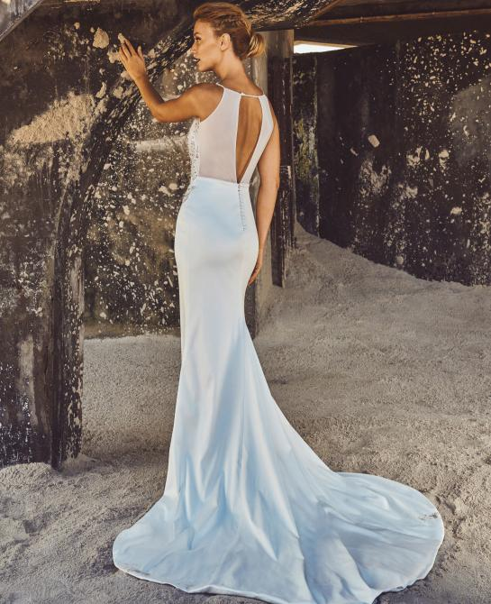 Elbeth Gillis wedding dress Fiona