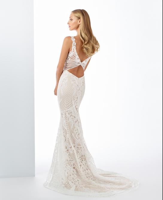 Enchanting wedding dress by Mon Cheri style 119120 back