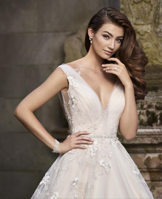 Martin Thornburg wedding dress style 119256