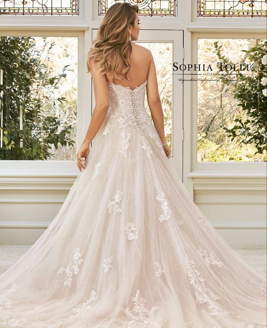 Sophia Tolli bridal gown Y11940